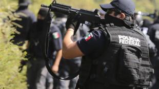 As investigações continuam e a polícia busca ainda os estudantes desaparecidos em Iguala.