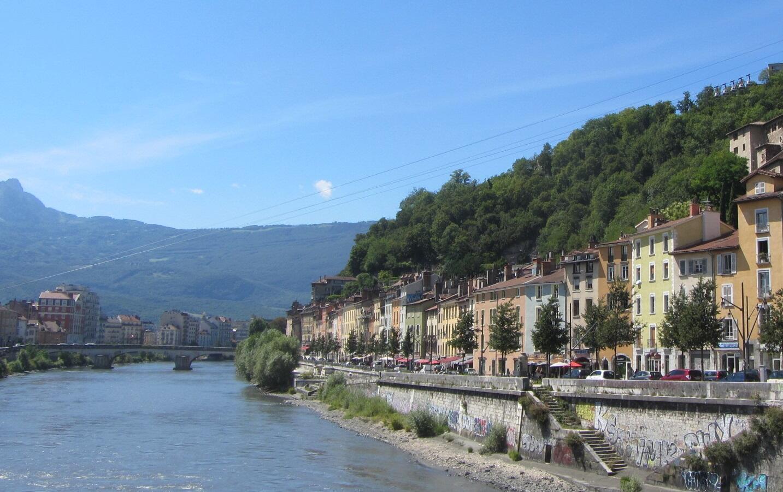 Orillas del río Isère en Grenoble