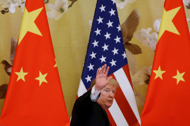 Tổng thống Donald Trump nhân cuộc họp báo chung với chủ tịch Tập Cận Bình tại Bắc Kinh. Ảnh ngày 09/11/2017.