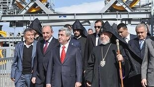 Президент Армении на открытии Татевской канатной дороги.
