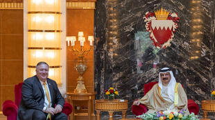 US Secretary of State Mike Pompeo (L) meeting with Bahrain's King Hamad bin Isa Al-Khalifa in the capital Manama