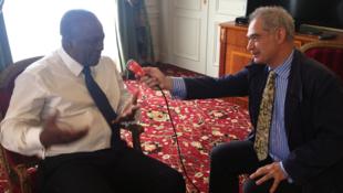Ghana's President John Mahama talking to RFI, Paris, 28 May, 2013