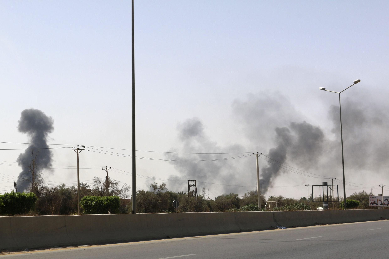 Desde mediados de julio el aeropuerto de Trípoli es escenario de enfrentamientos entre milicias rivales.