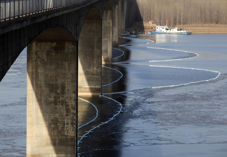 Ô nhiễm trên sông Hoàng Hà