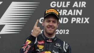 O alemão Sebastien Vettel, vencedor do GP do Bahrein, neste domingo, 22 de abril.