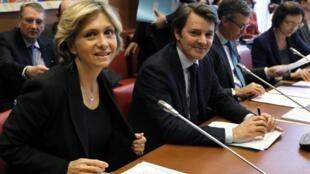 La ministre française du Budget Valérie Pécresse et le ministre de l'Economie et des Finances François Baroin, lors de la session le Parlement du 11 avril 2012.