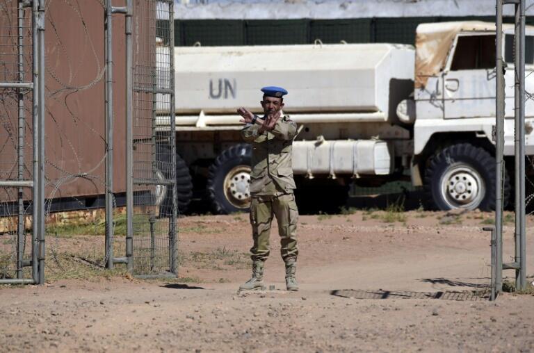 Miembro de la misión de la ONU en el Sahara occidental (Minurso), en Argelia, el 5 de marzo de 2016