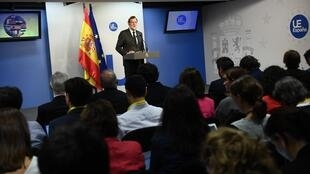 西班牙首相拉霍伊在歐盟峰會後的記者會2017年10月20日布魯塞爾