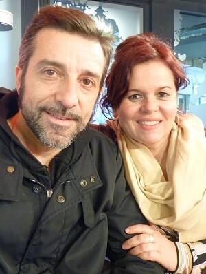 Andrés Marín y la productora Daniela Lazary en RFI