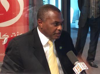 Abel Chivukuvuku apresenta acto constitutvo do partido PRA-JA
