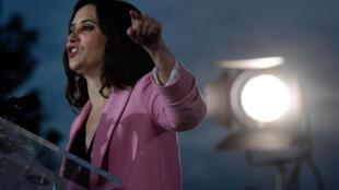 Isabel Díaz Ayuso habla durante el mitin de cierre de campaña del PP para las elecciones regionales, el 2 de mayo de 2021 en Madrid