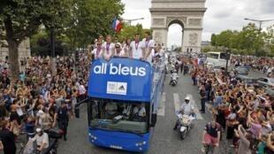 Les médaillés olympiques français à leur retour à Paris, le 13 août 2012