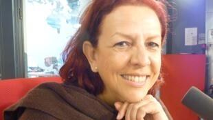 La cantante cubana Albita Rodríguez en los estudios de RFI en París.