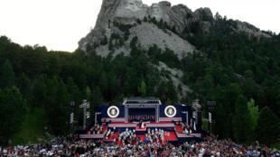 Le président américain Donald Trump lors d'un événement au Mont Rushmore juste avant la fête nationale, le 3 juillet 2020