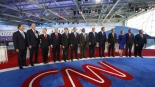 11 ứng viên đảng Cộng hòa tại buổi tranh luận lần hai trên truyền hình, ngày 16/09/2015, tại Simi Valley, California, Hoa Kỳ.
