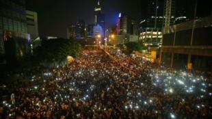 Hong Kong entra no terceiro dia de manifestações consecutivas nesta terça-feira (30).