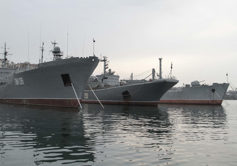 Le président ukrainien par intérim a mis en garde la flotte russe basée à Sébastopol de toute agression militaire.