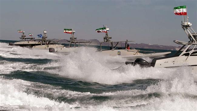 قایقهای سپاه پاسداران در خلیج فارس