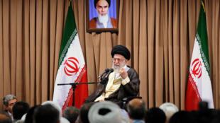 Ali Khamenei, photographié à Téhéran le 23 juin dernier.