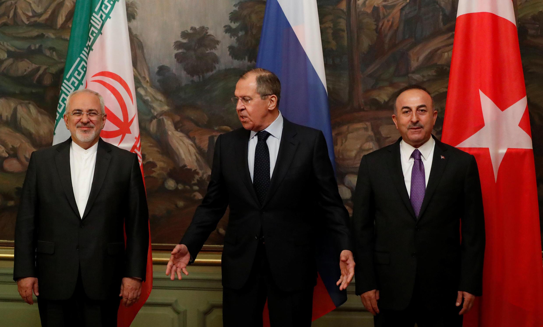 Các ngoại trưởng Nga Lavrov (G), Iran Zarif và Thổ Nhĩ Kỳ Cavusoglu họp về Syria  tại Matxcơva. Ảnh ngày 28/04/2018.