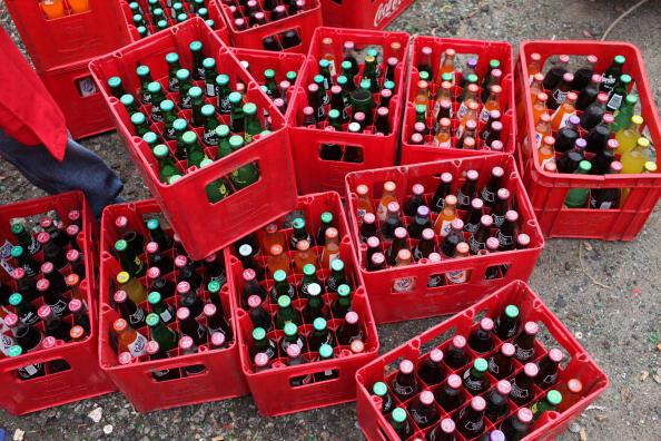 Les boissons gazeuses sont de plus en plus populaires auprès des Gambiens dans les restaurants ou dans les bars (photo d'illustration).