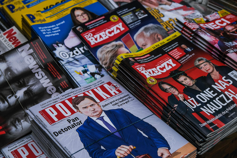 GettyImages-1230131488 presse médias Pologne