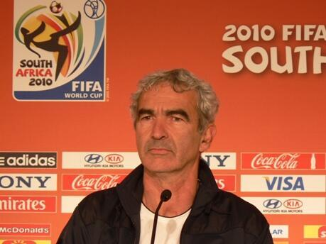 Raymond Domenech, le 21 juin 2010, à Bloemfontein.