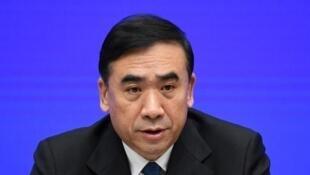 Li Bin, le vice-ministre chinois de la Santé, lors d'une conférence de presse à Pékin, la capitale chinoise, le 22 janvier 2020