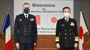 法国海军参谋长范迪埃访日资料图片