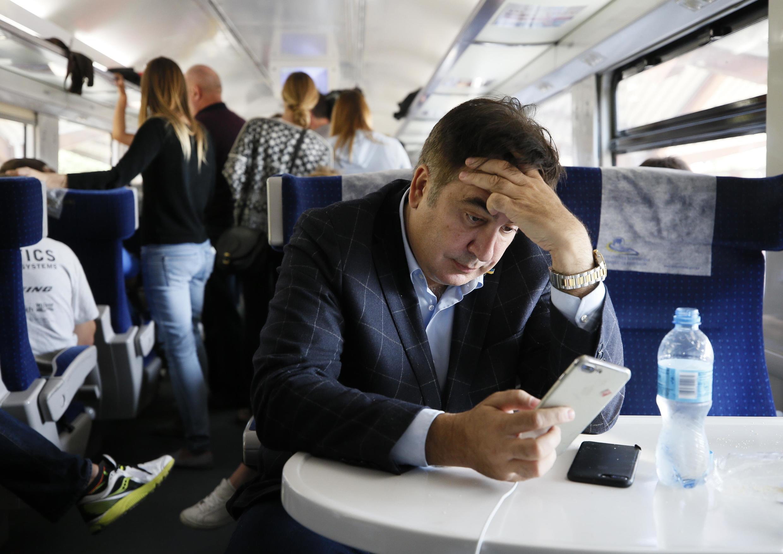 Михаил Саакашвили в поезде  «Перемышль-Киев»