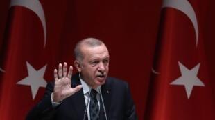 Rais wa Uturuki Recep Tayyip Erdogan ametangaza kwamba wanajeshi wa Uturuki wameanza kupelekwa nchini Libya (picha ya kumbukumbu)