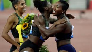 L'Ivoirienne Murielle Ahouré (à droite).