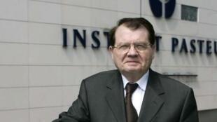 法国诺贝尔医学奖获得者Pr Luc Montagnier