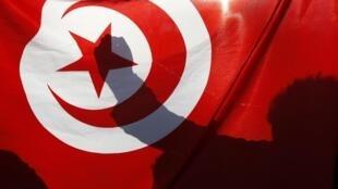 Le 17 décembre 2010, Mohamed Bouazizi, marchand ambulant s'immolait  dans la ville tunisienne de Sidi Bouzid. Ce fut le point de départ de la révolution tunisienne et de mouvements de révoltes dans le monde arabe.