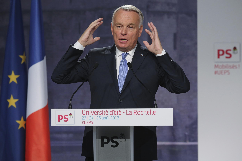 O primeiro-ministro francês,  Jean-Marc Ayrault durante encontro do Partido Socialista, em 25 de agosto de 2013.