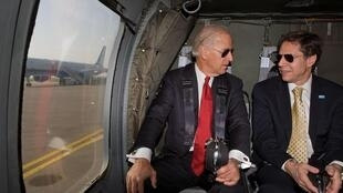 美國民主黨總統候選人拜登與外交政策顧問布林肯資料圖片