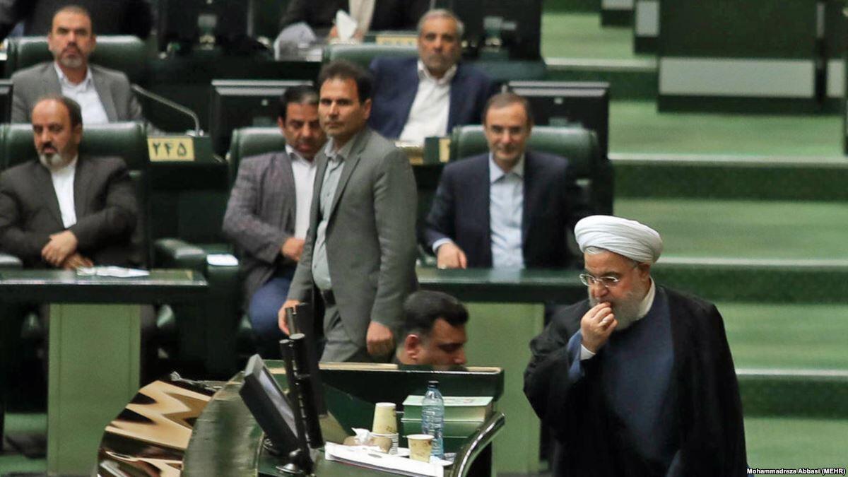 روحانی، ۴ وزیر پیشنهادی را به مجلس معرفیکرد