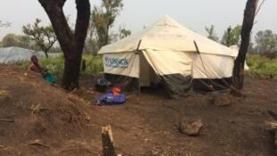 Campo de refugiados de Lóvua situado a uma centena de kms da fronteira com a RDC.