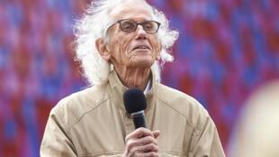 """Artista búlgaro Christo Vladimirov Javachef, mais conhecido como """"Christo"""" faleceu em Nova Iorque com 84 anos, aqui numa fotografia de arquivo a 18 de Junho de 2018."""