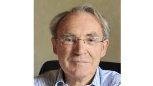 Yves Mény, politologue.