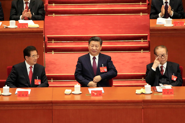 中國國家主席習近平及前國家主席胡錦濤與江澤民在中共19大開幕式上 2017年10月18日