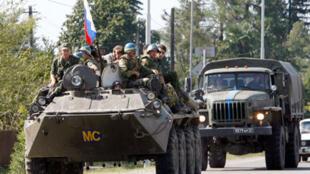 Les forces russes entamaient leur retrait de la Géorgie, le 13 septembre 2008.