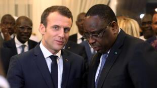 Emmanuel Macron et Macky Sall, le 2 février 2018 à Dakar.