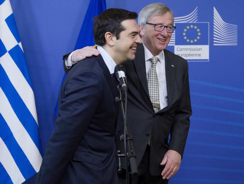 Le Premier ministre grec Alexis Tsipras et le président de la Commission européenne Jean-Claude Juncker, à Bruxelles, le 13 mars 2015.
