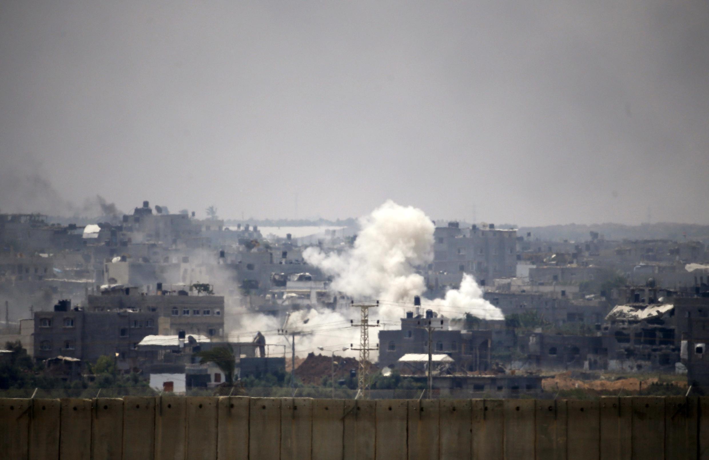 Os bombardeios israelenses sobre Gaza continuam nesta quarta-feira. A Unicef confirma que 121 crianças palestinas foram vítimas da ofensiva israelense nestes 15 dias.