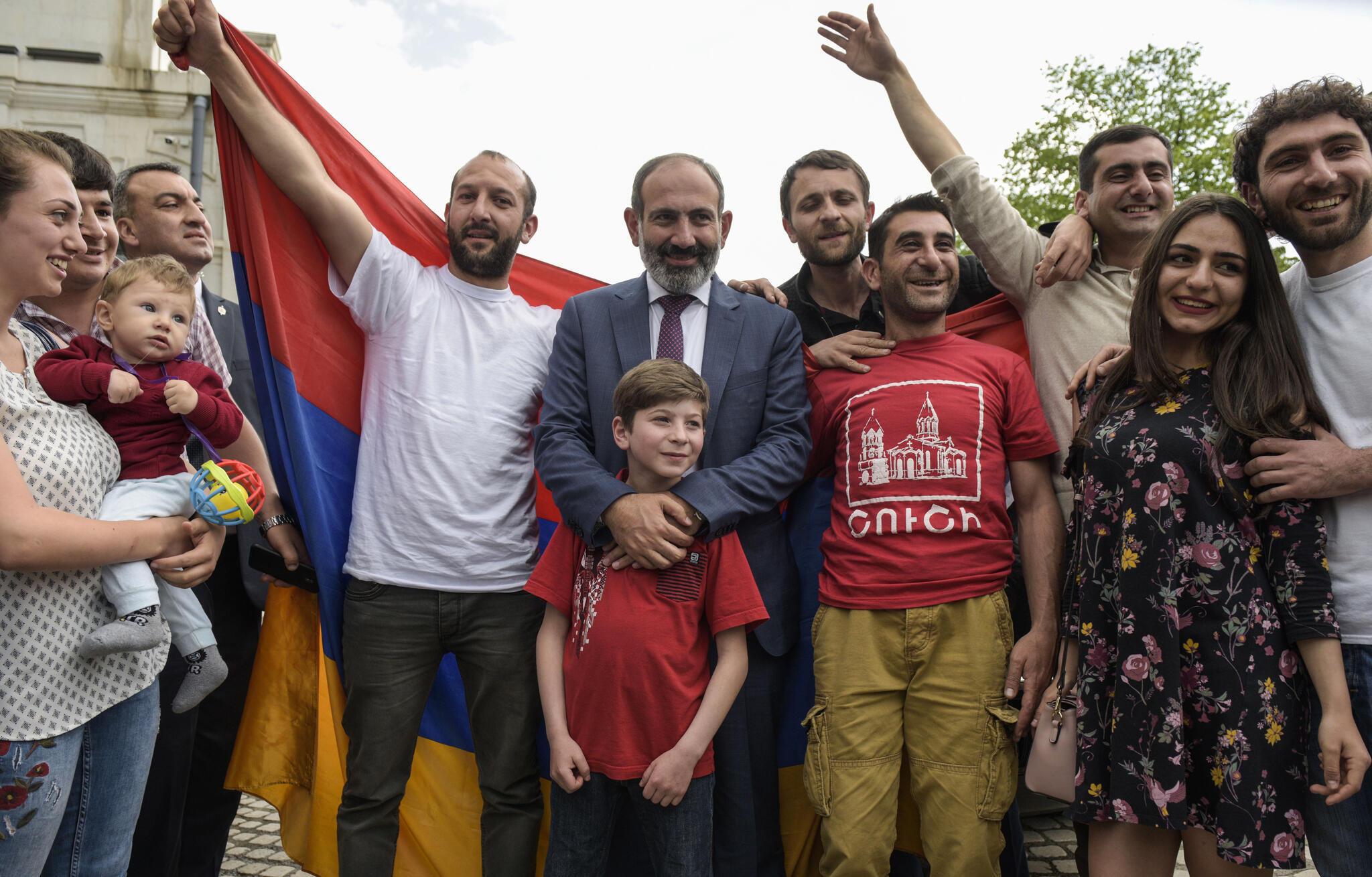Dès le lendemain de sa désignation par le Parlement arménien, Nikol Pachinian s'est rendu dans le Haut-Karabakh, le 9 mai 2018..