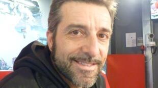 El bailaor de flamneco Andrés Marín en los estudios de RFI en París