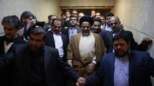 علی نجفی خوشرودی، سخنگوی کمیسیون امنیت ملی و سیاست خارجی مجلس، سهشنبه ۱۸ دی/ ٨ ژانویه پس از پایان این جلسه گفت که طبق توضیحات وزیر اطلاعات، بهیچ وجه اسماعیل بخشی کارگر کارخانه نیشکر هفت تپه شکنجه نشده است