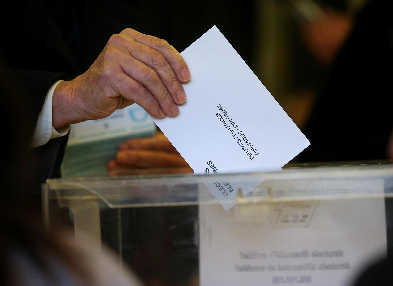 Досрочные выборы в парламент Каталонии прошли 21 декабря 2017 года.