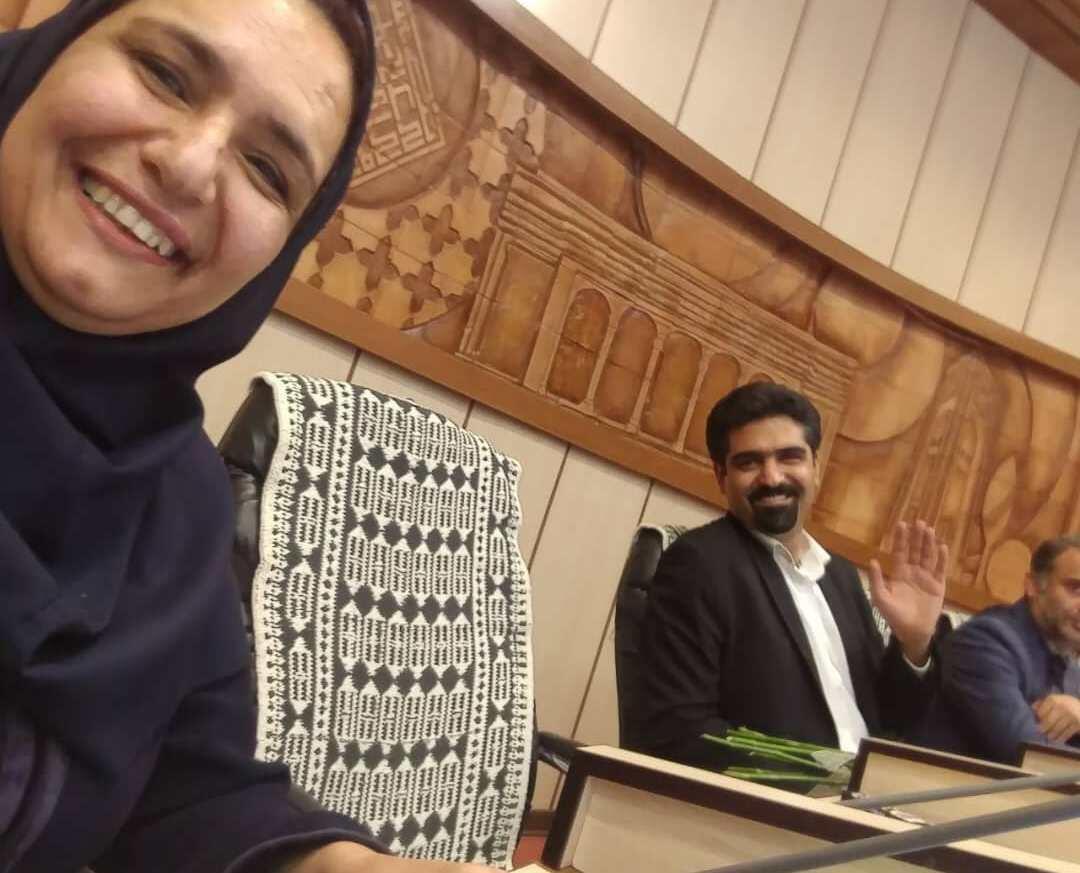 سپنتا نیکنام در شورای شهر یزد حضور یافت